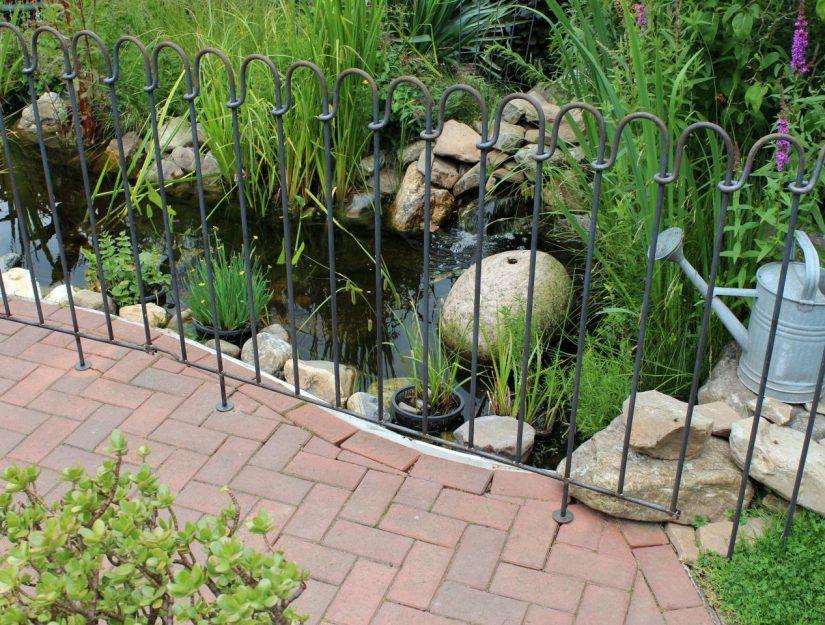 Utilisez des éléments enfichables là où les éléments de terrasse et de bassin ne sont pas idéaux.
