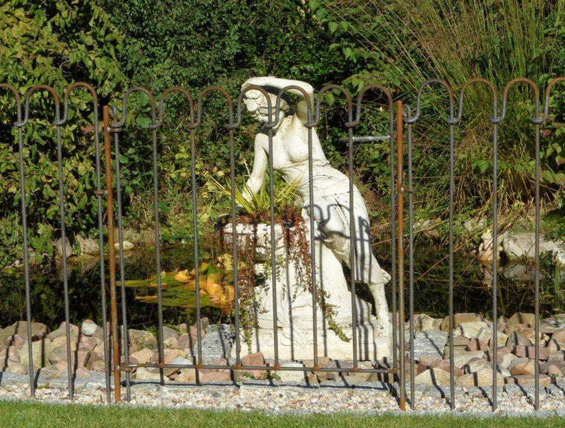 """La porte et la clôture étang """"light-125-roh"""" peuvent rouiller !"""