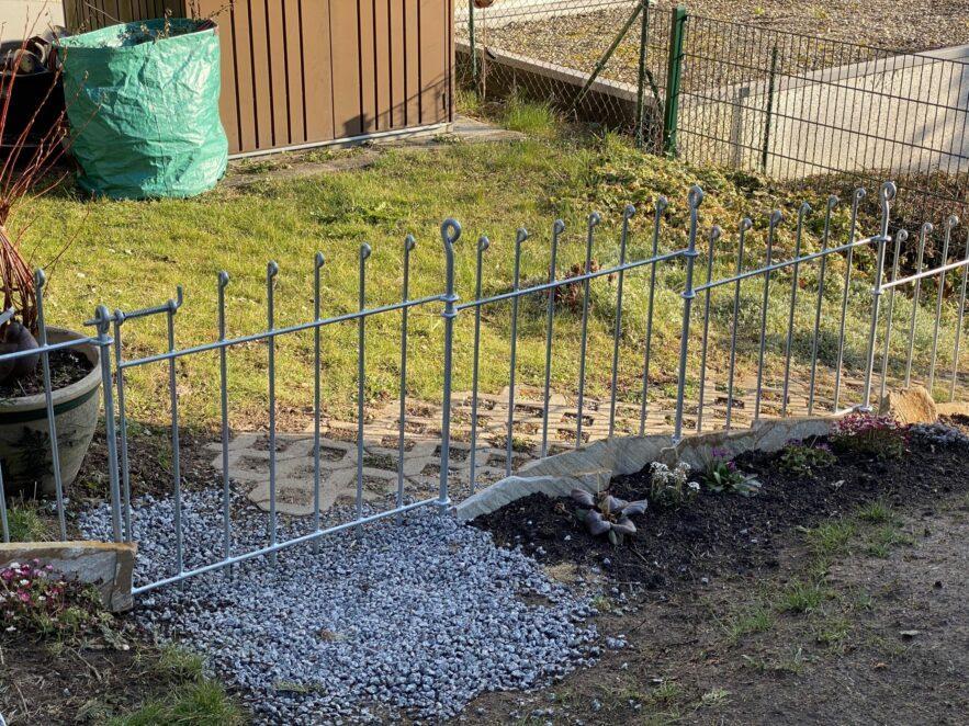 Tür mit Federriegel vom Hundezaun anneau-80-verzinkt