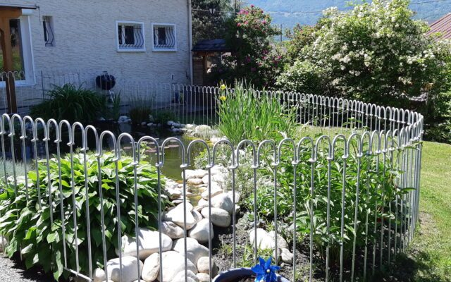 La clôture protège nos enfants du bassin