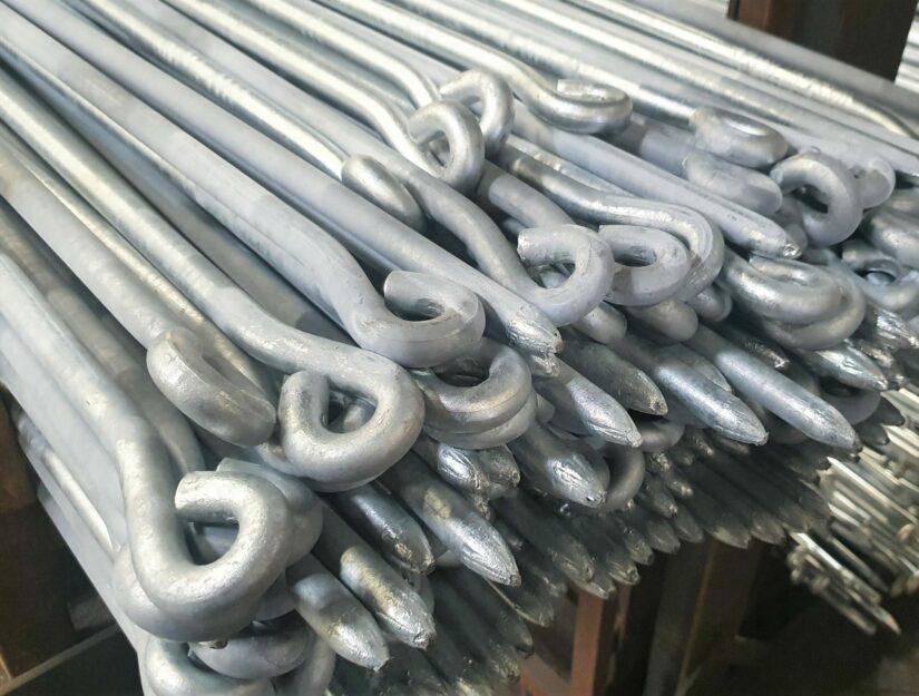 Des bâtons de liaison galvanisées dans notre entrepôt (ne rouillent pas).