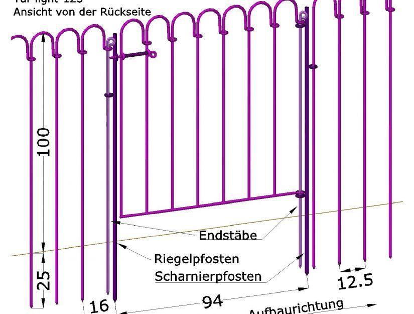 Porte intégrée dans la clôture étang. Vue de l'arrière !