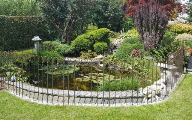 Barrière d'étang en acier