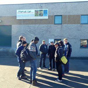 Treffen vor unserem Betriebssitz und Abfahrt zum Karting Center
