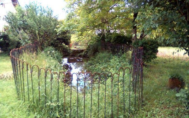 Photos de 30 mètres linéaires de ma clôture étang monté