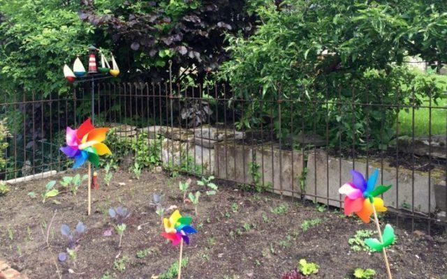 Flexibel und einfach aufzubauender Zaun
