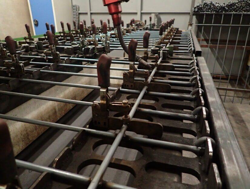 La clôture anneau pour chiens est fabriquée par nos soins à Eupen.