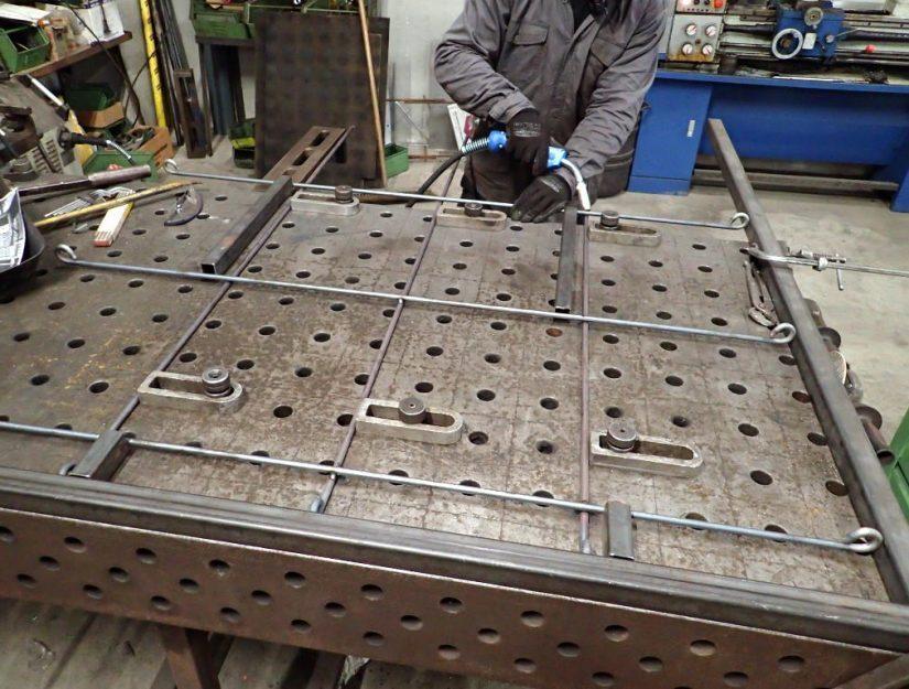 Les espaliers en métal sont fabriqués par nos soins à Eupen (Belgique de l'Est).
