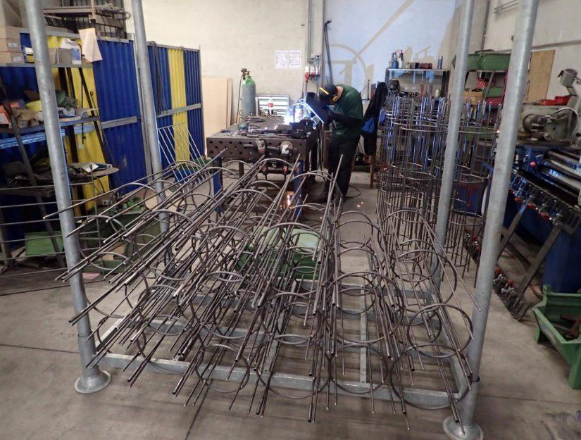 Die Rankschirme werden bei uns in Eupen (Belgien) hergestellt.