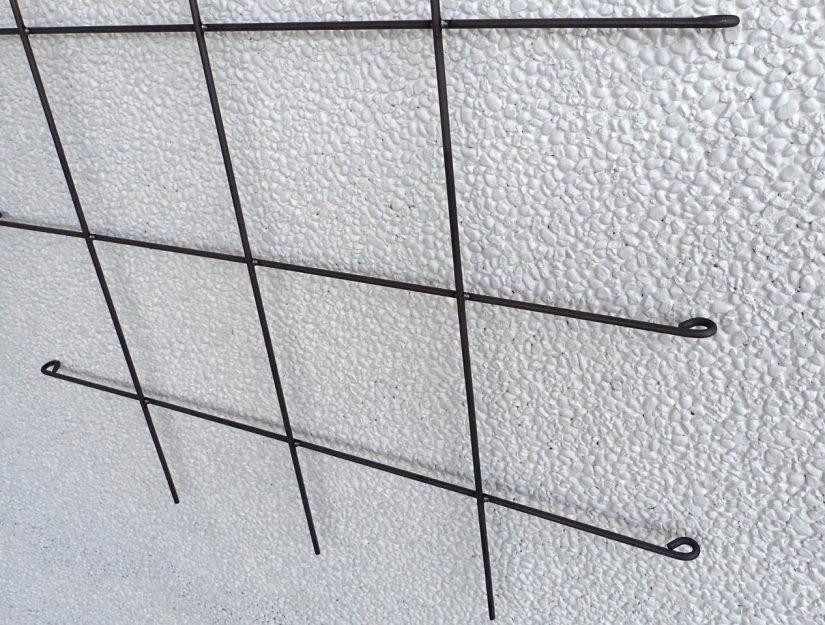 Untere Detailansicht vom Spalier 135 cm breit roh ( darf rosten).
