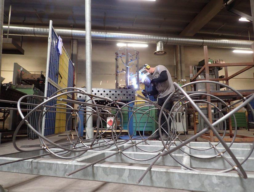 Les obélisques sont fabriqués par nos soins à Eupen (Belgique).