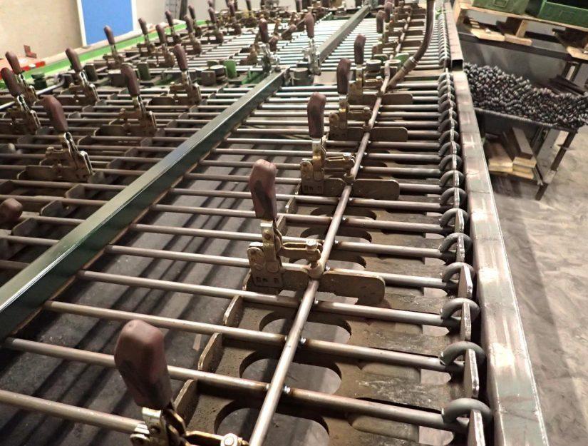 La clôture pour chiots anneau-engmaschig est produite par nos soins à Eupen.