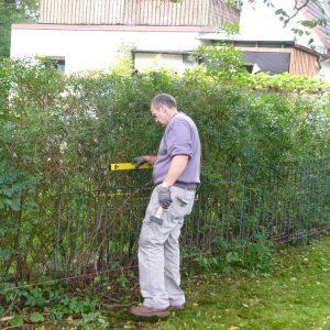 Zaun im Garten selber aufbauen