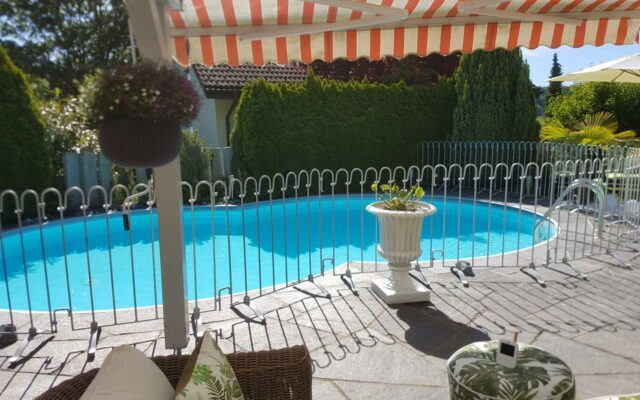 Clôture de protection de piscine