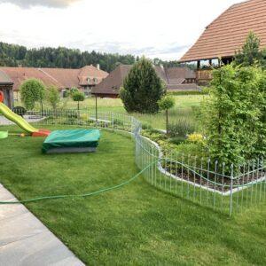 Verzinkter Zaun für unsere Tochter im Garten